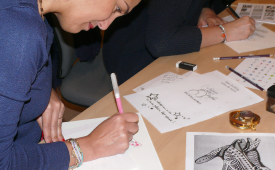 team building créatif arbre de main