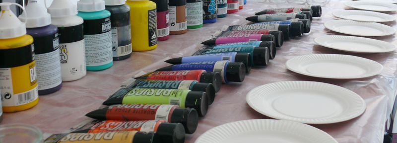 team building artistique : un moment convivial et fort en émotions autour d'une activité créative et ludique.