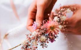 animation couronne de fleurs